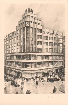 Photographs and postcards of Czech functionalist renderings and models Old Pictures, Czech Republic, Vintage Images, Prague, Louvre, Praha 1, Milan, Black And White, Building