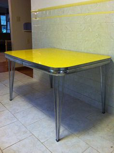 1950s Formica And Chrome Table W/ 4 Chairs   $250 OBO | Mandan, ND