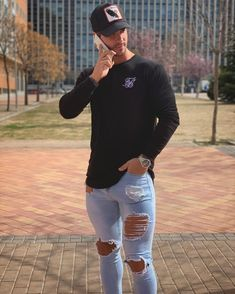 Zerfetzte Jeans, Ripped Jeans Men, Handsome Men Quotes, Handsome Arab Men, Skinny Guys, Super Skinny Jeans, Strong Woman Tattoos, Casual Outfits, Men Casual