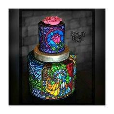 """{a bela e a fera} esse bolo é uma verdadeira obra arte. quem gosta de """"a bela e a fera"""" reconhece bem as referências presente, né?  uma inspiração muito linda e elegante! �� . . . . #noivanerd #noiva #bride #casamento #wedding #dress #vestido #amor #love #inspiration #inspiração #geek #nerd #photooftheday #abelaeafera #beautyandthebeast #nerdcake #geekcake http://gelinshop.com/ipost/1515540536672266986/?code=BUISBajDirq"""