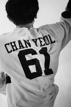 Find images and videos about kpop, exo and chanyeol on We Heart It - the app to get lost in what you love. Baekhyun, Park Chanyeol Exo, Kpop Exo, Chansoo, Chanbaek, K Pop, Shinee, Kdrama, Rapper
