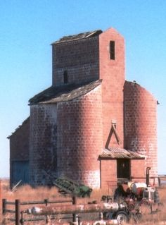 Venture off the beaten path and explore Oklahoma's almost forgotten history in one of its ghost towns.