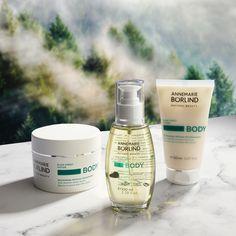 Telová starostlivosť ako stvorená na zimu?  To je exkluzívna rada BODY WINTER❄️  Telové maslo, výživný suchý olej a osviežujúca sprchovacia emulzia budú pre vás túto zimu každodenným wellness zážitkom. Pozor, táto rada je 🔥LIMITOVANÁ EDÍCIA🔥 tak sa poponáhľajte uchmatnúť si tú svoju! Natural Beauty, Shampoo, Bottle, Winter, Winter Time, Flask, Raw Beauty, Jars, Winter Fashion
