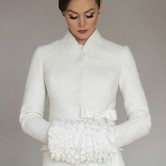 Bride accessories for winter jacke coat Wedding Coat, Wedding Jacket, Wedding White, Winter Bride, Solange Knowles, Bride Accessories, Bolero Jacket, Celebrity Weddings, Retro Fashion