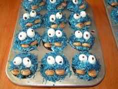Grannie Style COOKIE monster cupcakes