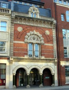 Italianate Victorian commercial building: 16 Victoria Street, Bristol. Grade II listed.