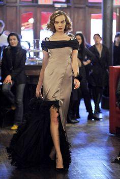 Zac Posen Pre-Fall 2009 Fashion Show - Mina Cvetkovic