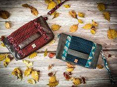 Crochet In Love By Marta 🌺 sur Instagram: ~ Modèle Cachotin ~ . Vous cherchez une idée de cadeau, une pièce unique entièrement réalisée à la main ? . Craquez pour ces magnifiques…