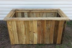 Garden Box Made From Pallets  ---  #pallets