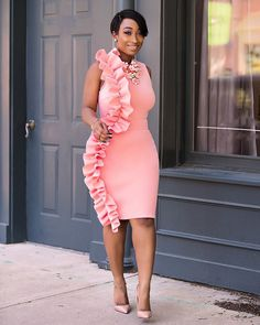 Chic Ama... Loving the ruffle waves on this beautiful dress