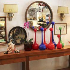 Garrafas coloridas em vidro, originais da década de 1960, Brasil.   Colored glass bottles, original from the 1960s, Brazil.