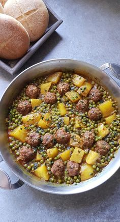 Tagine of minced meat, peas and potatoes - My .-Tajine de viande hachée, petits pois et pommes de terre – My tasty cuisine Tagine of minced meat, peas and potatoes – My tasty cuisine - Meat Recipes, Cooking Recipes, Healthy Recipes, Good Food, Yummy Food, Tasty, Tagine, Batch Cooking, Healthy Dishes