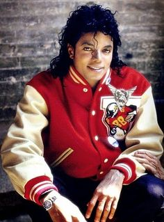 Here are Pictures of MJ the King of Pop Hier sind Bilder von Michae… Michael Jackson Bad, Michael Jackson Fotos, Jackson Family, Janet Jackson, Invincible Michael Jackson, King Of Music, The Jacksons, My King, My Idol