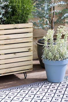 DIY-PLANTENBAK Container Plants, Outdoor Furniture, Outdoor Decor, Home Deco, Diys, Living Spaces, Planters, Design, Gardening
