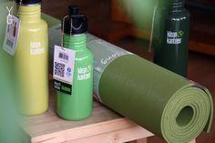 YogaGuru.cz / V rámci našeho ZELENÉHO týdne jsme na YogaGuru.cz nabízeli všechny naše zelené produkty se slevou. Takže i eKO Mat Moss nebo třeba PROlite Mat Dragonfly a Breeze... :)