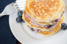 Blueberry cream cheese pancake: Step away from the syrup! You simply must try these homemade buttermilk-style pancakes with a fruity cream cheese filling. Kraft Foods, Kraft Recipes, Pancakes Easy, Pancakes And Waffles, Cheese Pancakes, Blueberry Pancakes, Blueberry Desserts, Potato Pancakes, Cream Cheese Spreads