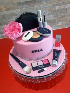 Make-up für Nela - Kuchen von Hana Součková - Pink Birthday Cake Ideen Makeup Birthday Cakes, Funny Birthday Cakes, 13 Birthday Cake, Birthday Cakes For Teens, Barbie Birthday, Teen Cakes, Girly Cakes, Cute Cakes, Cake Decorating With Fondant