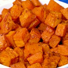 Spicy-Sweet Roasted Sweet Potatoes Spicy-Sweet Roasted Sweet Potatoes make a healthy side dish that's packed full of flavor. They're coated in a spice mixture that is both sweet and spicy and then roasted in a hot oven until brown and crispy. Sweet Potato Recipes Healthy, Healthy Potatoes, Healthy Recipes, Veggie Recipes, Healthy Cooking, Healthy Snacks, Cooking Recipes, Vegetarian Recipes, Dinner Healthy