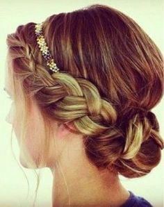 Simple! I can actually probably do this one and it looks pretty!