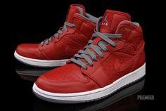 Air Jordan 1 Phat in Varsity Red http://soletron.com
