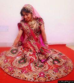 Real coupleKhushboo and Tarun. Read their real wedding story on Shaadimagic.Com
