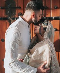 Wedding Couple Poses Photography, Couple Photoshoot Poses, Bridal Photoshoot, Couple Posing, Cute Muslim Couples, Cute Couples Goals, Couple Goals Teenagers, Cute Girl Poses, Pakistani Bridal Dresses