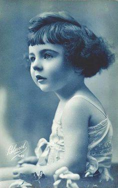 Vintage Postcard ~ Bleuet Paris