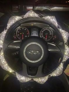 Floral Bling Bedazzled Steering Wheel Cover with Sparkling Rhinestones – Carsoda Bling Car Accessories, Car Fix, Car Hacks, Car Cleaning, Cleaning Spray, Diy Car, Cute Cars, Wheel Cover, Future Car