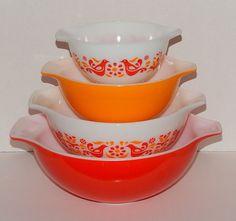 Vintage Pyrex Cinderella Friendship Nesting Bowl Set of 4 - Birds - GUC #Pyrex