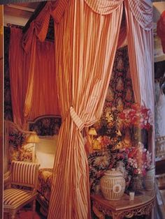 http://willowdecor.blogspot.com/2010/03/whats-this-about-french-ticking.html