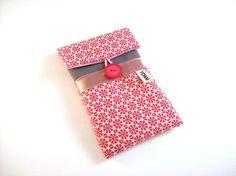 etui iphone 6 plus taupe et imprimé flocons lou rose , housse pour iphone 6+ : Etuis portables par tchai-walla