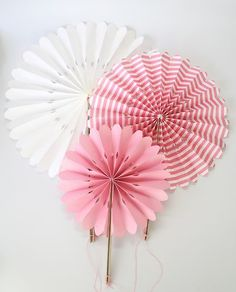 Paper fans pink and white stripe