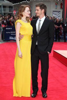 Pin for Later: Best of 2014: les 29 Moments les Plus Mignons du Tapis Rouge Emma Stone et Andrew Garfield à L'avant Première de Spider-Man