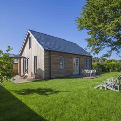 Vakantiehuisje Noordwijk aan zee 6 personen, holiday home by the sea, ferienhaus am meer Holland Beach, Holland Cities, Visit Holland, Great Places, Places To Go, Beautiful Places, Prefab Cottages, Home By, Houses