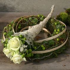 Artist and design by Edyty Zając Chruściel Deco Floral, Arte Floral, Floral Design, Flower Boxes, My Flower, Flower Art, Grave Decorations, Flower Decorations, Ikebana