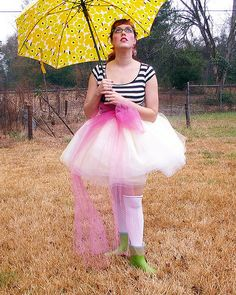 I <3 that umbrella. And maybe the tutu. And shirt. Hipster. Repinned.