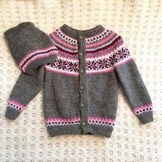 ✂A Nancy sweater for a baby girl. Knitting For Kids, Baby Knitting, Knitting Yarn, Baby Barn, Fair Isle Knitting Patterns, Baby Girl Sweaters, Yarn Needle, Unisex Baby, Knit Crochet