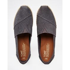 TOMS Classic Grey Suede Moroccan Flat Shoes ($98) ❤ liked on Polyvore featuring shoes, flats, gray flats, gray suede shoes, slip on flats, slip-on shoes and woven flats