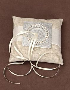 Ringkissen mit Perlenring - Ringkissen selbst gemacht