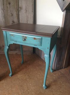 Sewing machine chalk painted makeover with Superior Paint Co. Coco Brown and Blue Lagoon. Blue Lagoon, Chalk Paint, Tables, Sewing, Brown, Painting, Furniture, Home Decor, Mesas