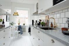 Köket renoverades 2015 i tidsenligt utförande