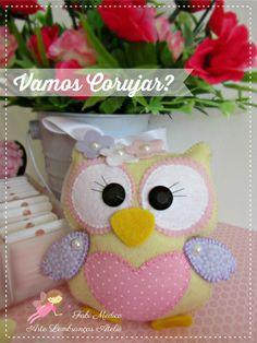 Art Memories: Moulds and Tips Felt Owls, Felt Birds, Felt Animals, Fabric Crafts, Sewing Crafts, Sewing Projects, Craft Projects, Owl Crafts, Diy Arts And Crafts