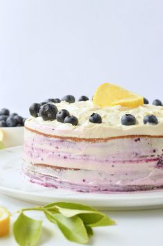 This keto lemon cake with blueberries is a moist lemon almond cake with a delicious keto cream cheese buttercream. A sugar-free lemon blueberry cake! Lemon Buttercream Frosting, Lemon Cream Cheese Frosting, Soften Cream Cheese, Cake With Cream Cheese, Gluten Free Lemon Cake, Gluten Free Cakes, Sugar Free Lemon Cake, Bluberry Cake, Diabetic Birthday Cakes