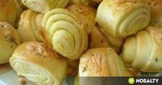 Vajdasági sós | NOSALTY Croatian Recipes, Hungarian Recipes, Ital Food, Holiday Dinner, Croissants, Baked Potato, Garlic, Bakery, Food And Drink