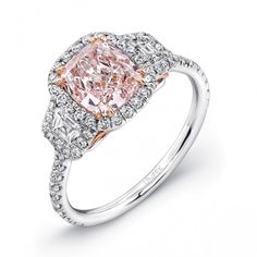 Cushion-Cut Fancy Light Pink Diamond Engagement Ring