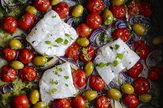 Recipe for mediterranean cod and tomato tray in english at the bottom of the page👇🏾En enkel alt i en panne fiskerett som ser imponerende ut når du tar det ut av ovnen. En god oppskrift med få ingredienser og mye smak.