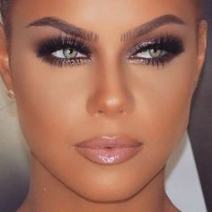 Best Smokey Eyes Makeup Ideas To Inspire You Right Now, eye make up makeup makeup up artistico up night party make up make up gold eye make up eye make up make up Makeup Goals, Makeup Inspo, Makeup Inspiration, Makeup Tips, Makeup Ideas, Makeup Products, Makeup Tutorials, Makeup Trends, Beauty Trends