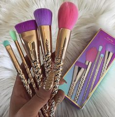 We offer professional makeup tools such as eye makeup, lip makeup, face makeup, makeup brush set, cosmetics for wholesale. All the cosmetics have good quality and cheap price. Makeup Goals, Makeup Inspo, Nail Inspo, Skin Makeup, Beauty Makeup, Makeup Tips, Makeup Ideas, Makeup Tarte, Clean Makeup