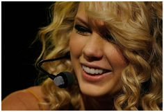 Taylor Swift - 42nd Annual Academy of Country Music Awards 2007