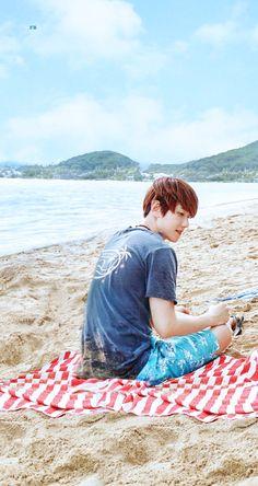 [EDIT] EXO - [PRESENT ; the moment] Photobook  #BAEKHYUN Exo Chanbaek, Exo Chanyeol, Kyungsoo, Baekhyun Selca, K Pop, Kai, Exo Korea, Baekhyun Wallpaper, Joy And Sadness